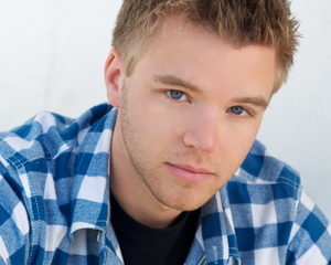 Brett Davern